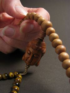 how to use a mala for mantra